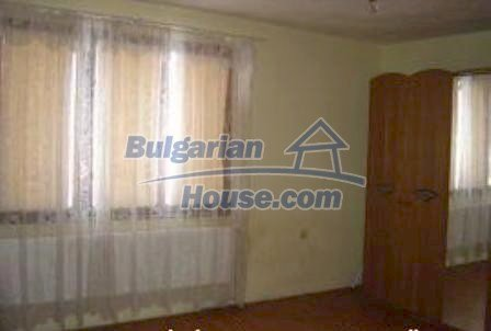 2933:4 - Two-storey bulgarian house near Kazanlak