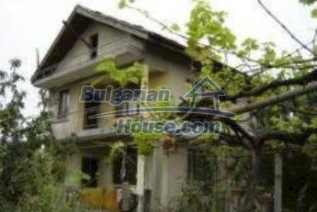 2936:1 - Brick house in Bulgaria, near Stara Zagora