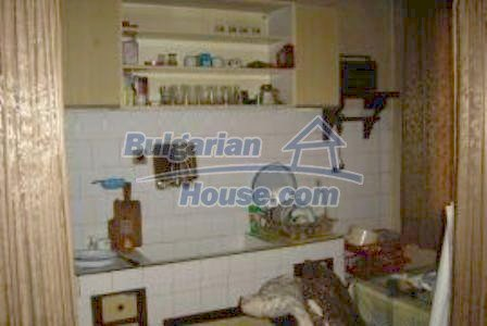 2936:3 - Brick house in Bulgaria, near Stara Zagora