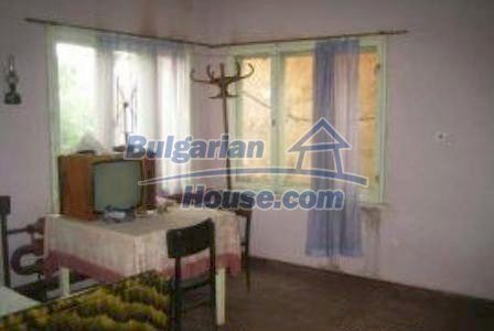 3002:3 - Two bulgarian houses with big garden for sale in Haskovo region