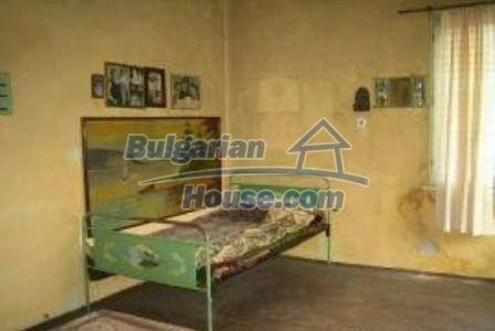 3002:4 - Two bulgarian houses with big garden for sale in Haskovo region