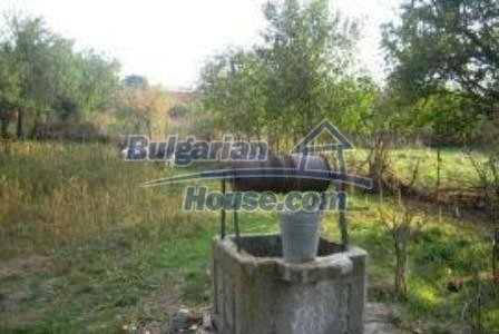 3002:5 - Two bulgarian houses with big garden for sale in Haskovo region