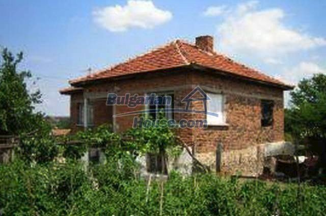 3446:2 - Invest in solid built brick bulgarian house near Haskovo