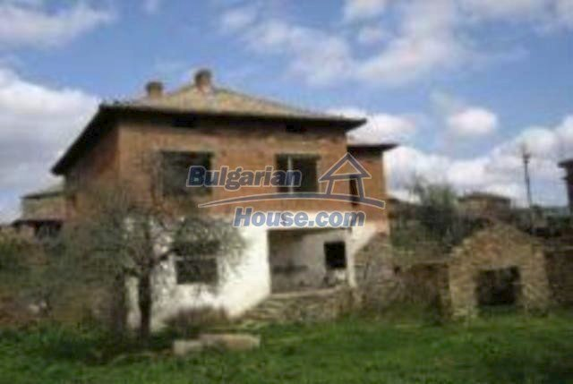 3455:1 - Brick built bulgarian house for sale