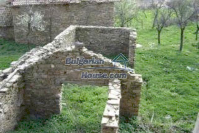 3455:5 - Brick built bulgarian house for sale