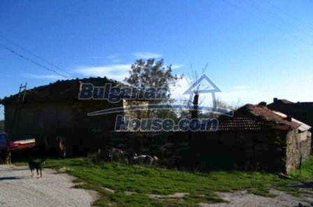 3536:2 - Two-storey stone-built bulgarian house for sale