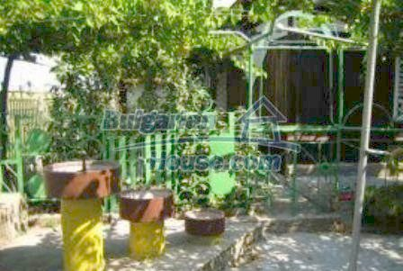 3599:7 - Buy Bulgarian house with nise maintained garden in Haskovo regio