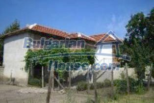 3740:2 - Brick Bulgarian house near Simeonovgrad, Haskovo region