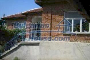 3740:4 - Brick Bulgarian house near Simeonovgrad, Haskovo region