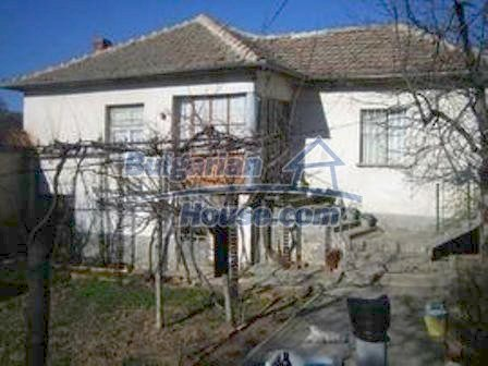 3743:1 - Buy a house in Bulgaria, 26 km away from Harmanli