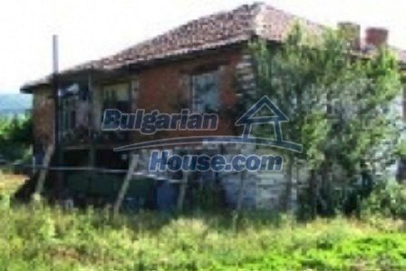 3857:1 - Invest in Bulgarian rural house