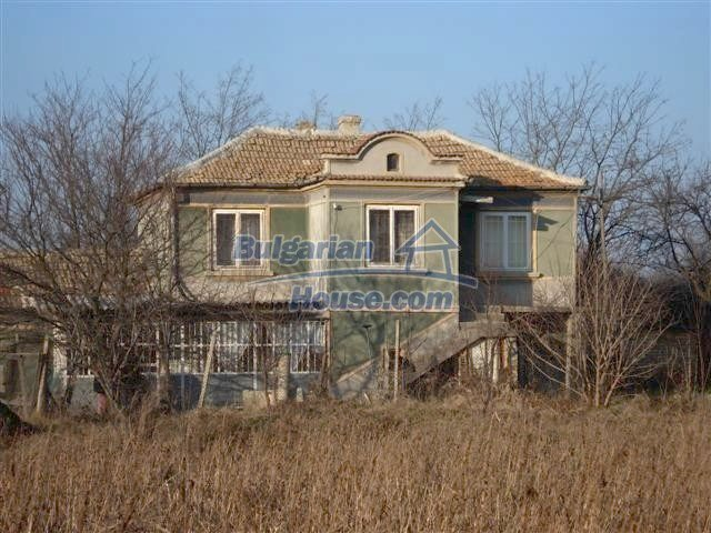 3872:2 - Rural Bulgarian house in Varna region for sale
