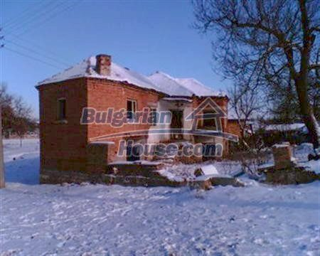 3884:3 - Solid build brick bulgarian house for sale in Dobrich region