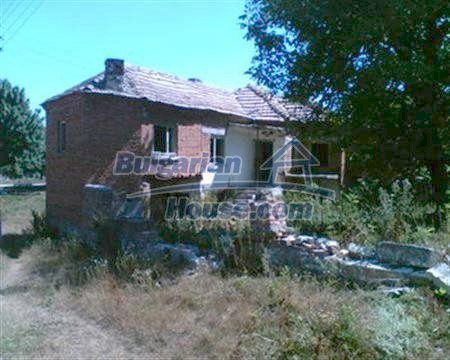 3884:5 - Solid build brick bulgarian house for sale in Dobrich region