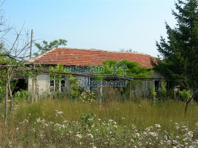 3887:1 - Old one-storey rural bulgarian house in Varna region