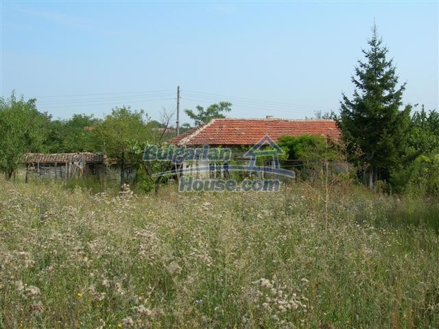 3887:5 - Old one-storey rural bulgarian house in Varna region