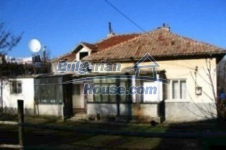 3938:1 - A stone rural bulgarian house for sale in beatiful region