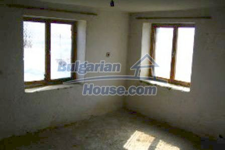 3968:3 - Two storey brick built bulgarian house for sale