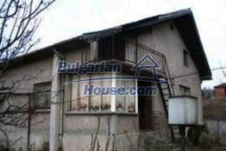 4130:1 - Solid brick build house, Haskovo region bulgarian property