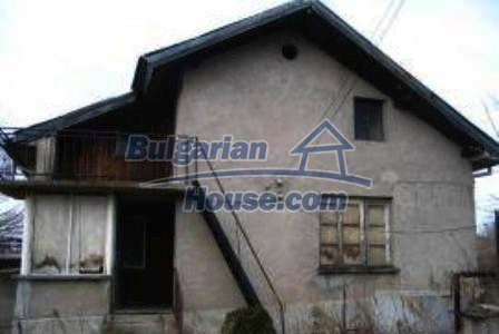 4130:2 - Solid brick build house, Haskovo region bulgarian property