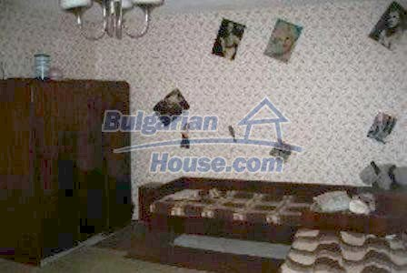 4130:4 - Solid brick build house, Haskovo region bulgarian property