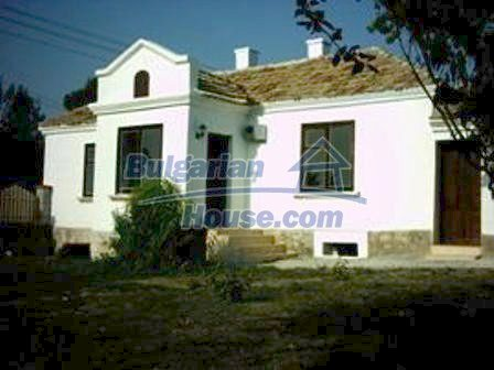 4184:1 - Cheap renovated bulgarian house for sale Varna region