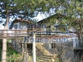4214:1 - Bulgarian cheap house Property near Haskovo
