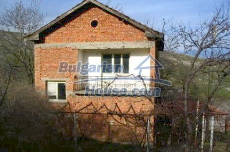 4292:2 - A comprehensive bulgarian house near Kardjali