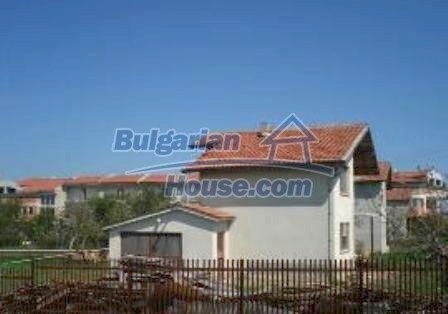 4379:3 - Varna Property House near Golf Course in Bulgaria