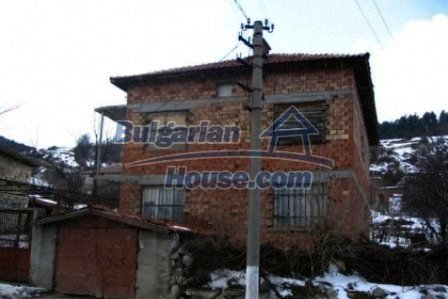 4406:4 - Rural bulgarian property in Karjali region