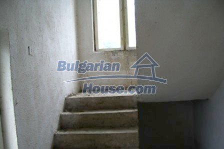 4733:4 - Spacious brick bulgarian house near Kardjali