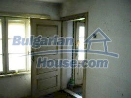 4916:4 - Two-storey bulgarian house for sale near a river