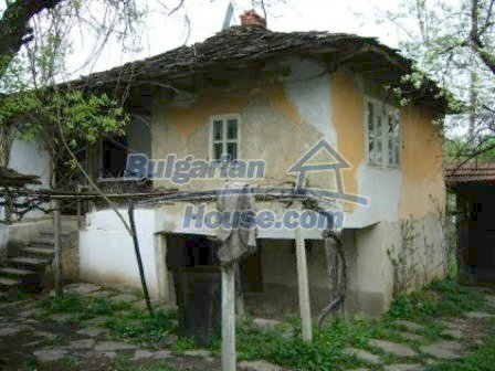 5009:1 - Appealing old bulgarian house in a picturesque village