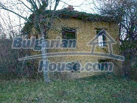 5066:2 - Bulgarian house in need of restoratio property with big garden