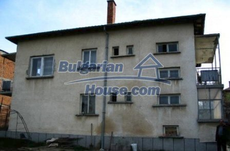 5282:2 - Buy a massive bulgarian house near Kardjali and invest your mone