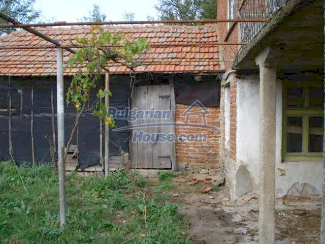 5465:3 - Good opportunity for bulgarian house in Elhovo region