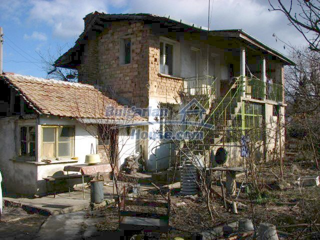 5603:1 - Buy Bulgarian house in Stara Zagora region good investment