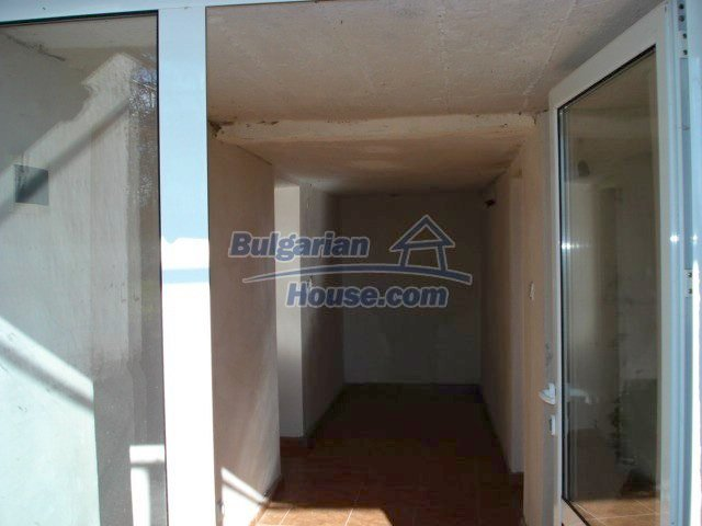 5609:4 - House presented in a good condition and bulgarian property in Ya