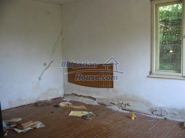 5630:5 - One storey build bulgarian house good chanse for your next home