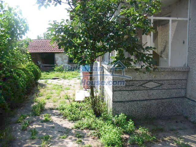 5630:6 - One storey build bulgarian house good chanse for your next home
