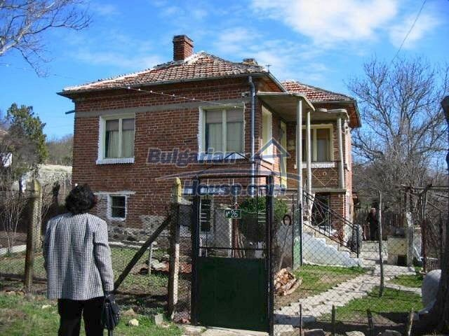 5633:2 - Good opportunity to bye cheap property in Bulgaria
