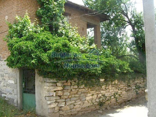 5645:2 - Two storey house for sale and property in Bulgaria