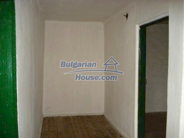 5672:5 - It is a solid bulgarian house but needs renovation work and some