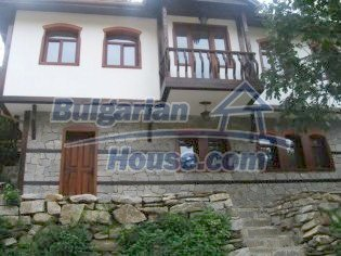 5708:3 - Wonderful old-fashioned traditional style house in Bulgaria
