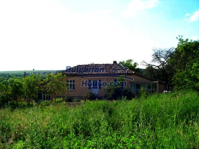 5759:3 - House for sale close to Varna