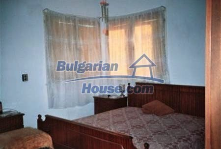 5762:4 - Buy bulgarian house in the region of Dobrich good investment