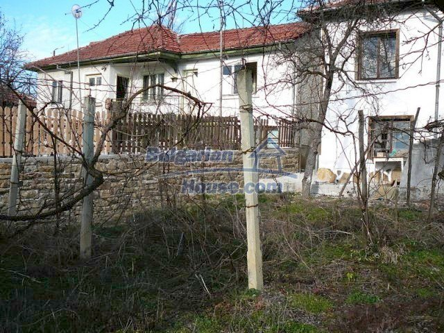 5765:1 - Delightful rural bulgarian house for sale in Gabrovo region