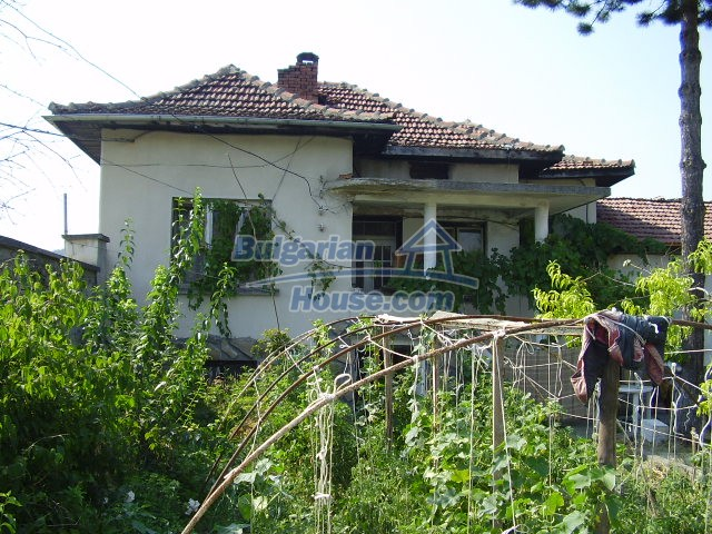 5783:3 - Invest in bulgarian property that offers a guest house