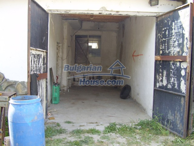 5783:5 - Invest in bulgarian property that offers a guest house