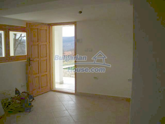5810:4 - Three storey charming bulgarian property located in the town of